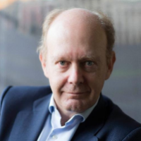 He is a prestigious lawyer and an internationally recognised expert in Arbitration. He has been Senior Partner and President of Spain at Ashurst LLD. Apart from his extensive legal bibliography, he writes regularly on cinema, his true passion, and the arts.